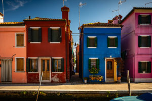 Burano - a fairy tale about colorful houses and white lace